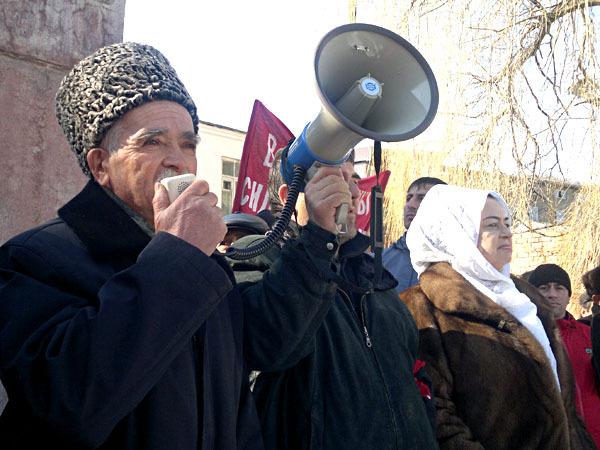 16 мая 2014 года в селении хучни табасаранского района республики дагестан в здании табасаранского районного суда